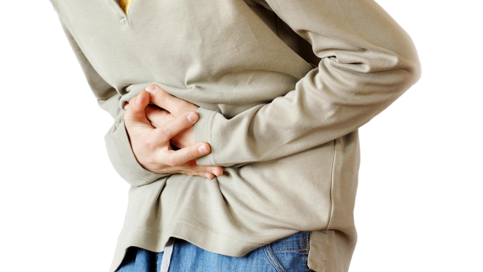 Sentencia declara incapacidad total por trastorno digestivo a carpintero